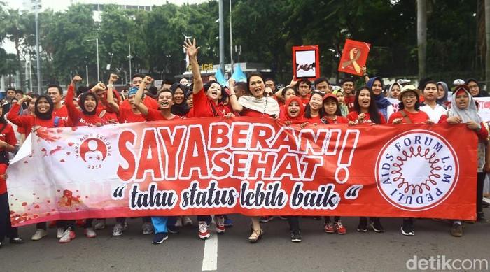 Momen peringatan hari AIDS 2018 di CFD Jakarta. (Foto: Grandyos Zafna)