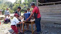Kenalkan Sapriadi, Seorang Diri Mengajar SD di Pedalaman Sulawesi