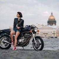 Beberapa destinasi pernah ia kunjungi, dengan tempat-tempat yang menarik (oks_voevodina/Instagram)