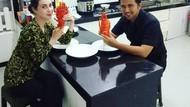 Emil Dardak, Bupati Trenggalek dan Suami Arumi Bachsin yang Doyan Nyambel
