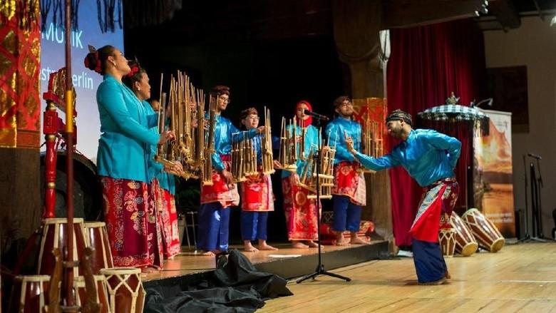 Malam pertunjukan seni budaya Indonesia di Konstanz, Jerman (dok KBRI Berlin)
