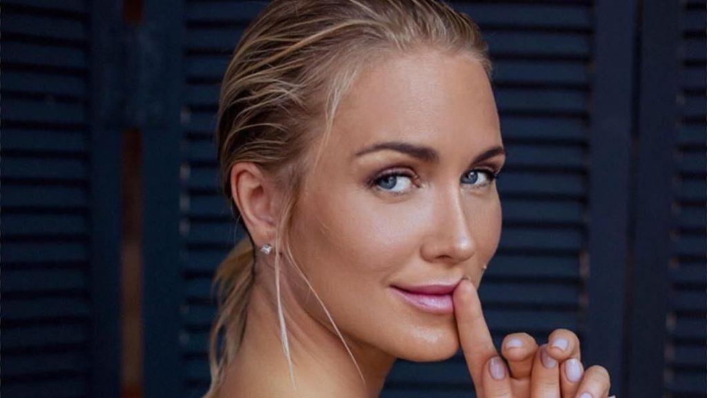 Model Seksi Playboy Ini Pernah Ingin Jadi Presiden Rusia dan Kalahkan Putin