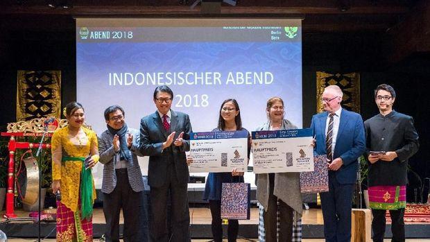 Acara disertai doorprize berhadiah tiket liburan ke Indonesia
