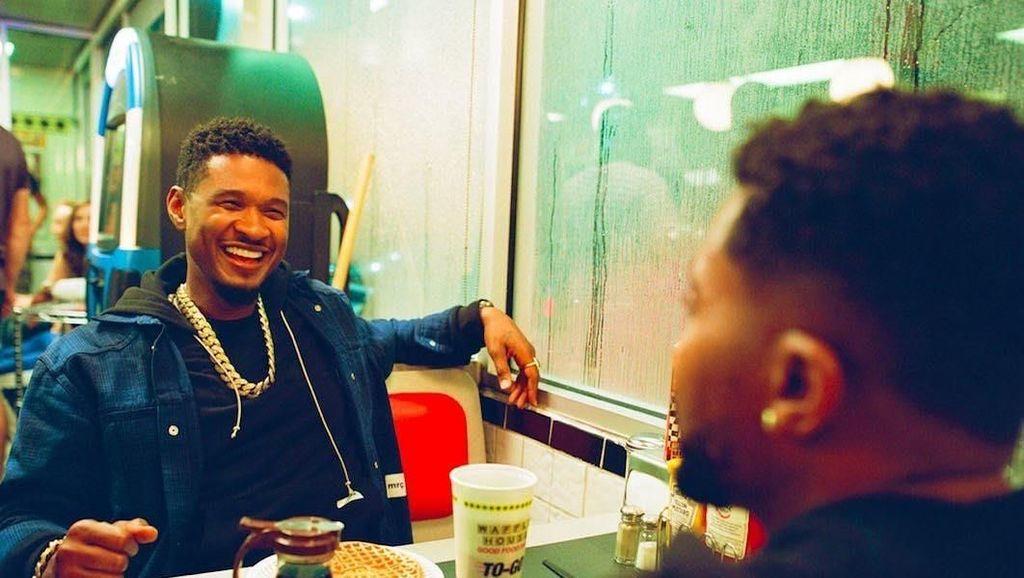 Serunya Usher Saat Makan Malam Bersama Teman hingga Sarapan Sereal