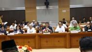Rapat di DPR, Menag Sampaikan Evaluasi Pelaksanaan Haji 2018