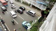 Aksi Berbahaya Bekerja Tanpa Alat Pelindung