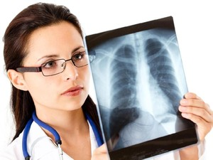 4 Tanda COVID-19 Sudah Menyebar di Paru-paru