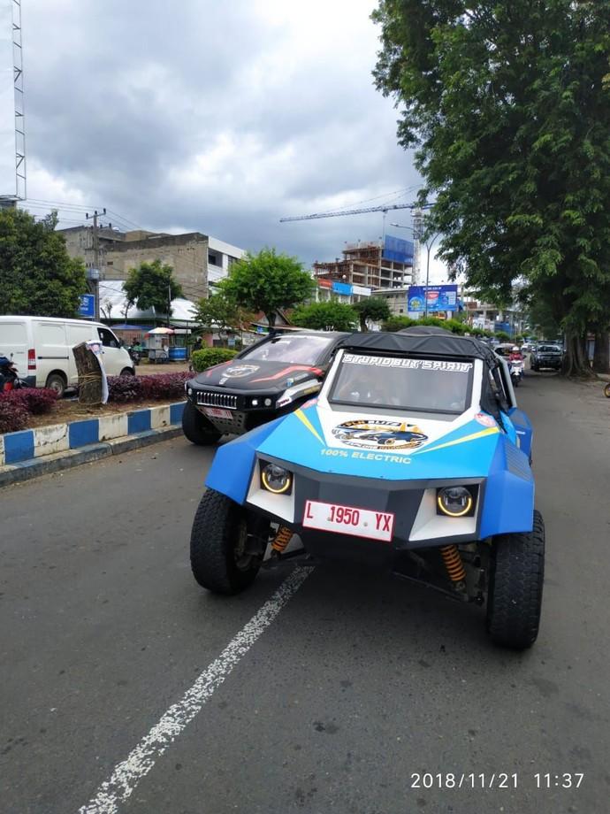 Mobil Reli Listrik ITS-UBL Tempuh 1.600 Km Keliling Indonesia