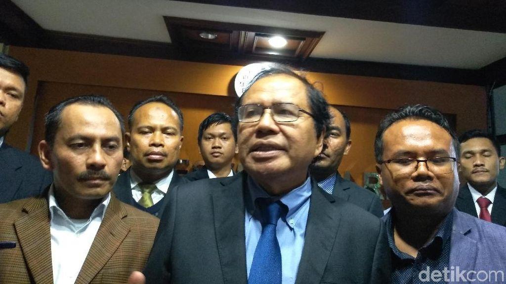 RR Sebut Kartu Sakti Jokowi Receh, TKN: Nyinyir