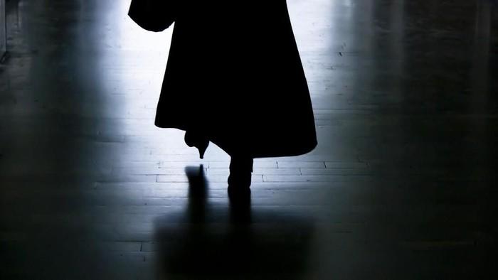 Halusinasi sang wanita ternyata disebabkan oleh tumor. (Foto: iStock)