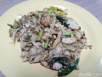 Siang Ini Paling Mantap Makan Lamian Iga Sapi dan Kwetiau Seafood
