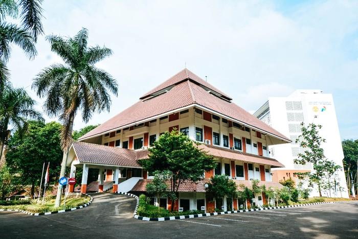 Dekanat FMIPA Universitas Indonesia (UI)