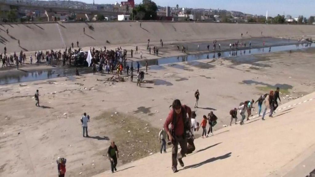 AS Tutup Perbatasan, Migran di Tijuana Ricuh
