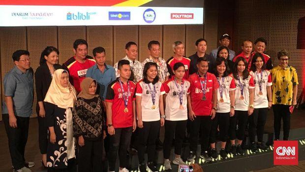 Acara pembagian bonus para pebulutangkis yang meraih medali di Kejuaraan Dunia Bulutangkis Junior 2018.