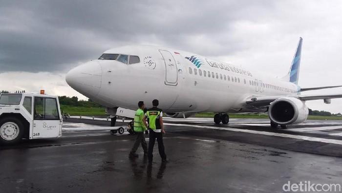 Pesawat Garuda Indonesia tergelincir di Bandara Adisutjipto, Minggu (25/11/2018).