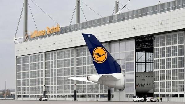Tim Bandara Munich mengerti akan besarnya pesawat tersebut dan terbatasnya tempat bernaung. Inilah pesawat Airbus A380 yang dimaksud (Munich Airport/CNN Travel)