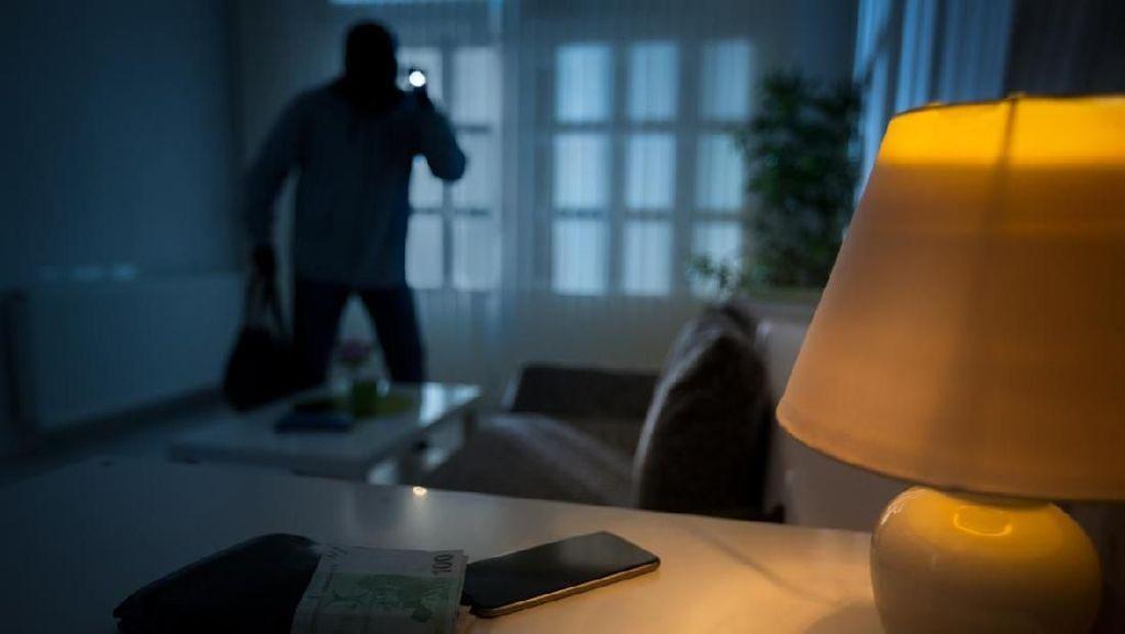 Hendak Merampok, Remaja di AS Ini Malah Terkunci di Dalam Toko