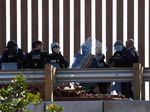 Nyaris 400 Imigran Ditahan Usai Menerobos Perbatasan AS-Meksiko