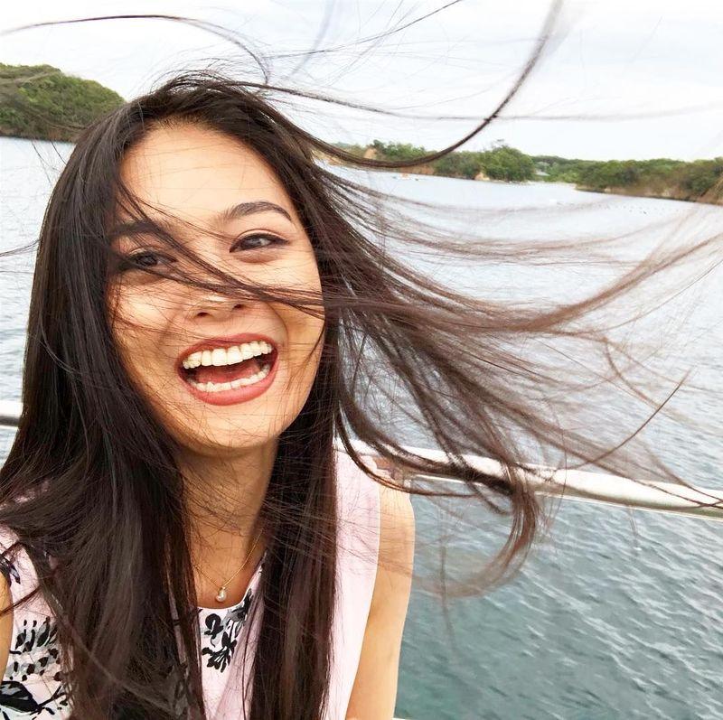 Dikenal lewat ajang pemilihan Miss Universe Japan 2018 sebagai juara 1, Yuumi Kato merupakan dara berumur 22 tahun asal Jepang yang besar di Malaysia. Namanya cukup populer di Malaysia (yuumi_kato/Instagram)