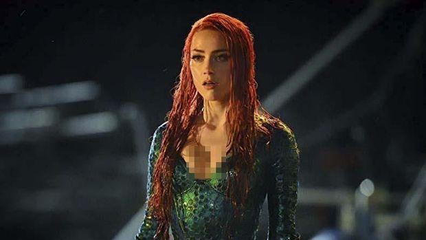 Amber Heard sebagai Mera di 'Aquaman.'