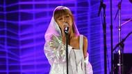 Rekor Lagi! Ariana Grande Jadi Musisi Wanita dengan Subscriber Terbanyak