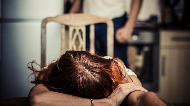 Mendobrak Kekerasan Seksual terhadap Perempuan Lewat Seni