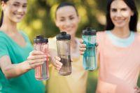 Ini Akibatnya Jika Sering Pakai Botol Minum Plastik dan Makan Makanan Kemasan