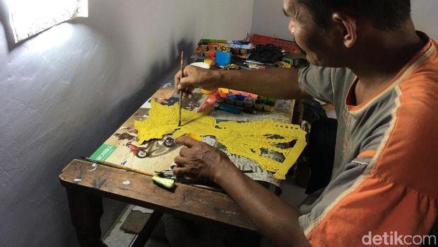 Tekuni Kerajinan Wayang Kulit, Hartono Raup Omzet Rp 6 Juta/Bulan