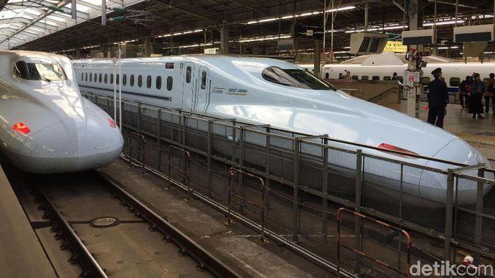 Ilustrasi kereta cepat di Jepang. Foto: Eduardo Hasian Simorangkir