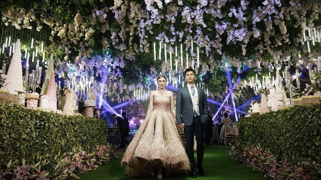 Crazy Rich Surabayan Menikah, Peralatan Makan Didatangkan dari Hong Kong