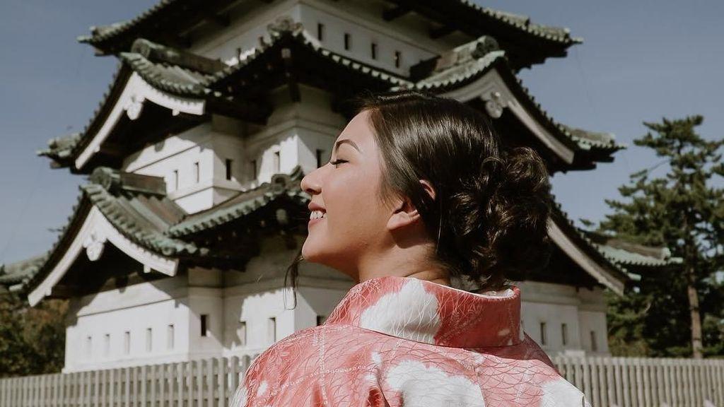 Tempat Si Cantik Jessica Mila Pakai Kimono di Jepang