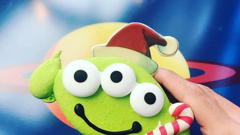 Cantik dan Bikin Ngiler! Kue Bertema Disney Ini Meriahkan Liburan Akhir Tahun