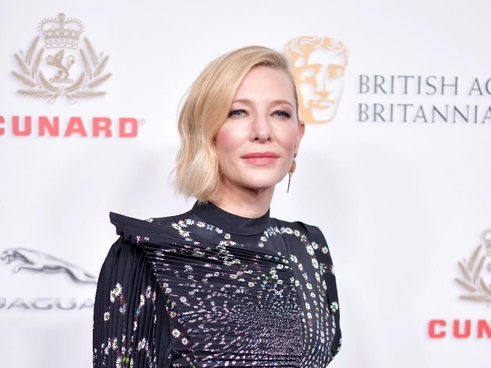 BEVERLY HILLS, CA - OCTOBER 26:  Cate Blanchett attends the 2018 British Academy Britannia Awards presented by Jaguar Land Rover and American Airlines at The Beverly Hilton Hotel on October 26, 2018 in Beverly Hills, California.  (Photo by Neilson Barnard/Getty Images)