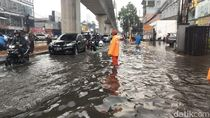 Dampak Hujan Deras, Sejumlah Titik di Jaksel Sempat Tergenang