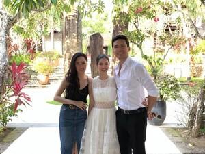 Kehebohan Cynthia Tan Mendesain Gaun Pengantin Istri Christian Bautista