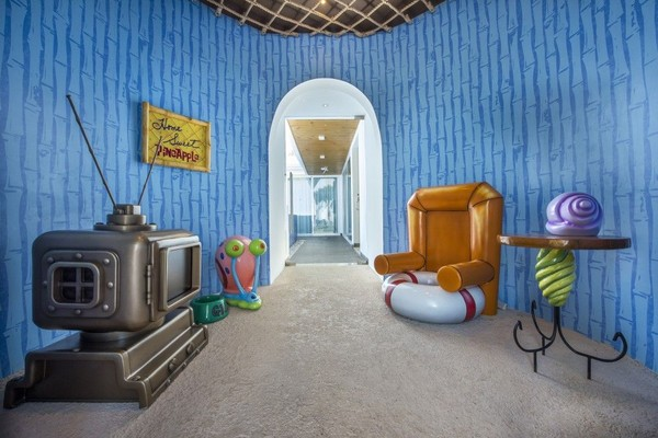 Ruangan yang dibuat mirip seperti sisi dalam rumah Spongebob (Nickelodeon Hotels & Resorts Punta Cana)