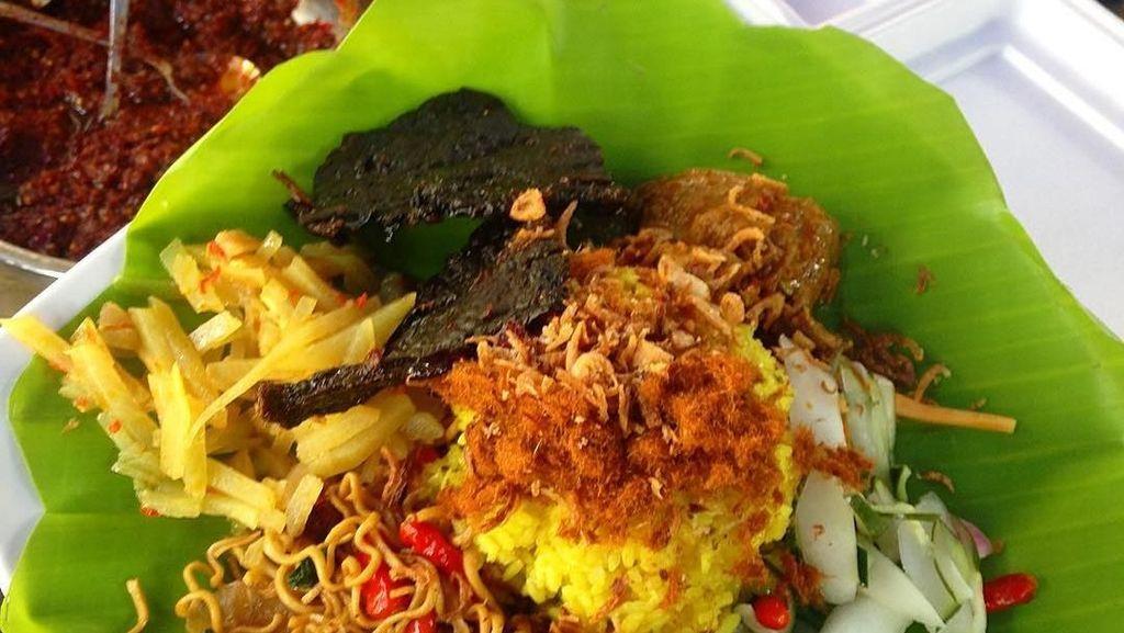 Ada Nasi Kuning hingga Buroncong Legit Buat Sarapan di Makassar
