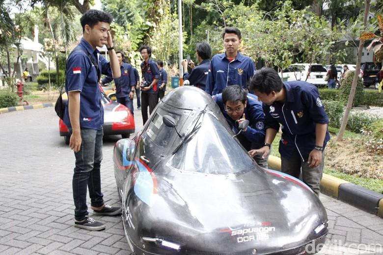Mobil Ramah lingkungan Mahasiswa ITS. Foto: Jeka Kampai