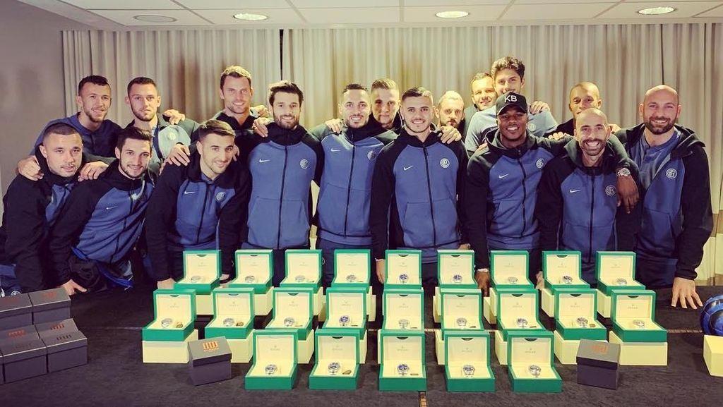 Icardi Bagi-bagi Jam Tangan Mewah ke Seluruh Pemain Inter