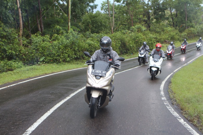 Touring PCX di Flores. Foto: Dok. AHM
