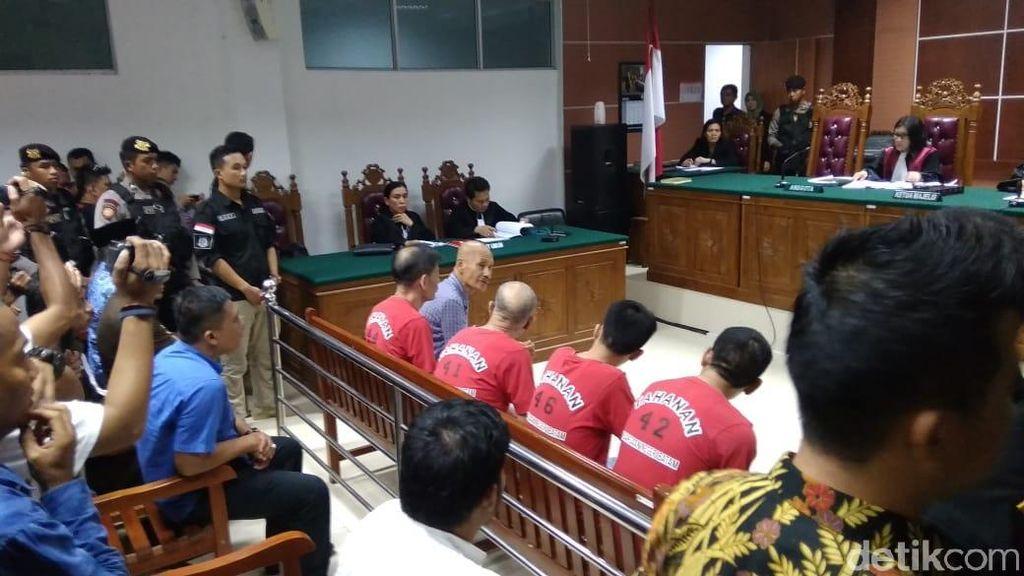 Divonis Mati, 4 WN China Penyelundup 1,6 Ton Sabu Mengamuk