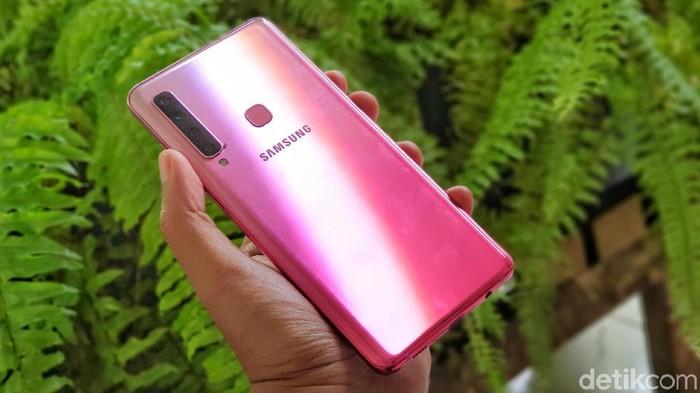 Samsung masih menjadi raja ponsel di pasar Indonesia. Foto: Adi Fida Rahman/detikINET