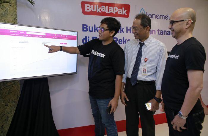 Sebagai salah satu perusahaan teknologi terbesar di Indonesia, Bukalapak terus berkomitmen memaksimalkan pemanfaatan teknologi guna membantu meningkatkan pertumbuhan ekonomi Indonesia.Foto: dok. Bukalapak