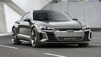Kembali ke Audi e-tron GT, mobil merupakan coupe 4 pintu bertenaga listrik. Pool/Audi.