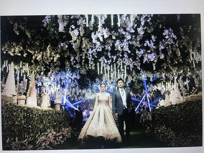 Pertunangan mewah Jusup dan Clarissa yang disebut sebagai crazy rich Surabayan.Foto: dok. Screenshot video Vertex Movie