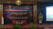 Jadi Pembicara di UGM, Chairul Tanjung Ingatkan Perubahan Zaman
