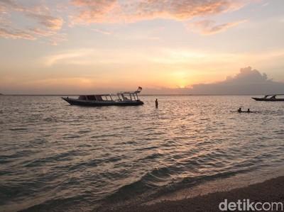 Sunset Eksotis di Gili Air, Bikin Mendadak Romantis
