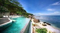 Resor Mewah di Bali Larang Turis Pakai Smartphone di Kolam Renang