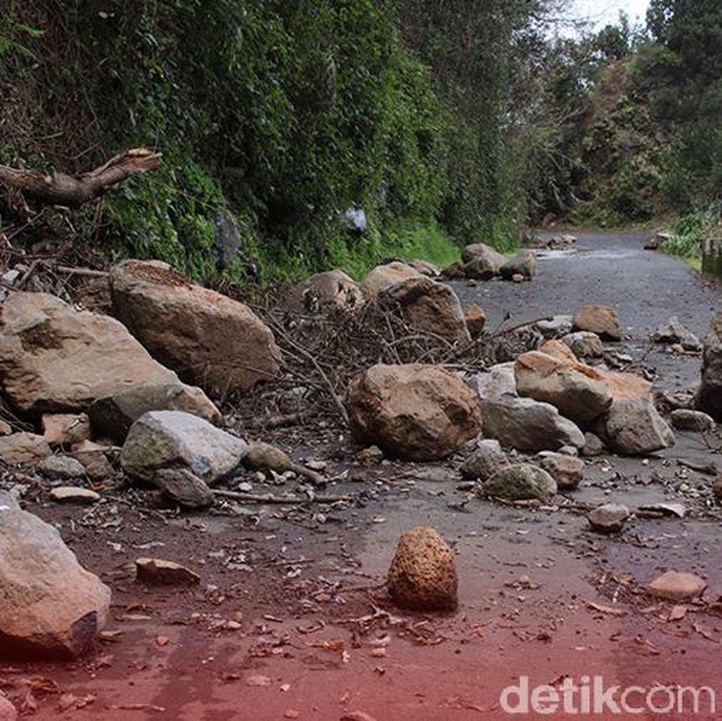 Longsor Landa Megamendung Bogor, 1 Orang Terluka