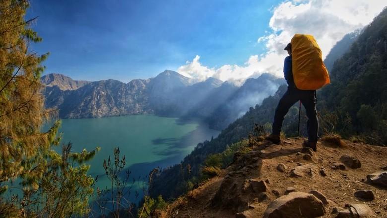 Ilustrasi Gunung Rinjani (Shutterstock)